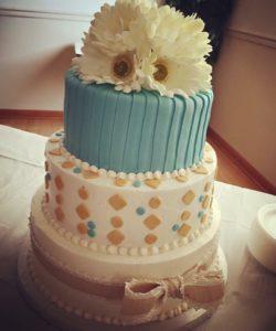 custom cake by the cake bar