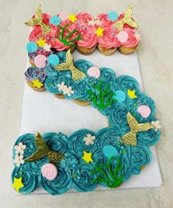 custom special occasion cupcakes