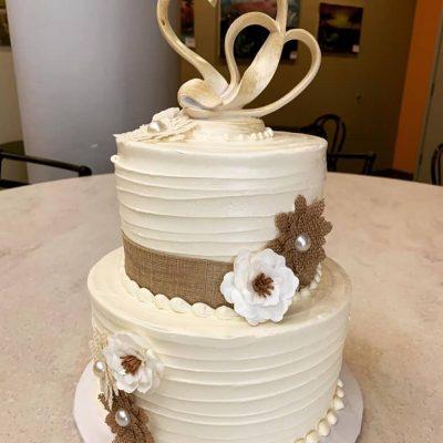 the cake bar simplistic wedding cake